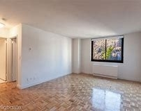 1 Bedroom, Yorkville Rental in NYC for $2,130 - Photo 1