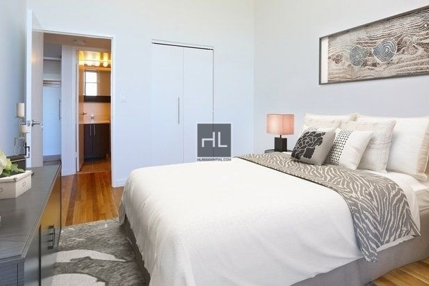 1 Bedroom, West Village Rental in NYC for $6,650 - Photo 2