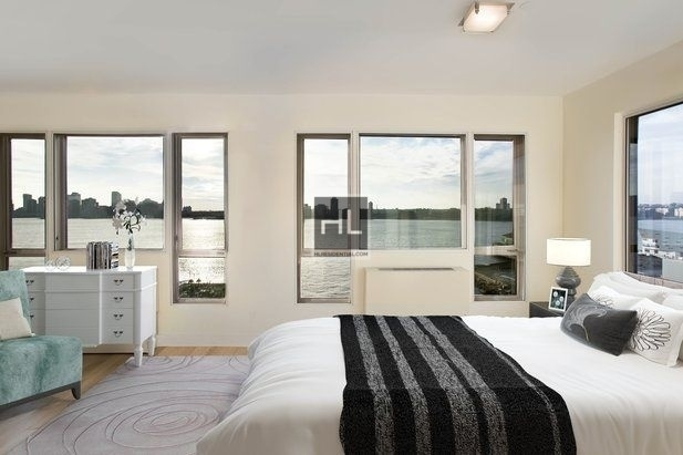 2 Bedrooms, West Village Rental in NYC for $6,425 - Photo 2