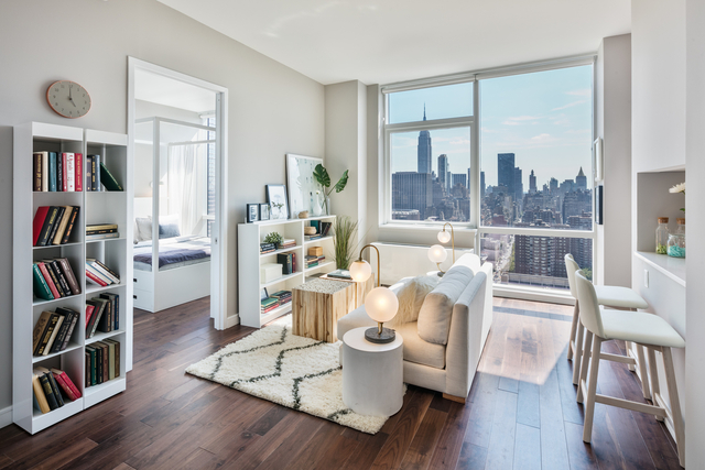 2 Bedrooms, Chelsea Rental in NYC for $5,125 - Photo 1