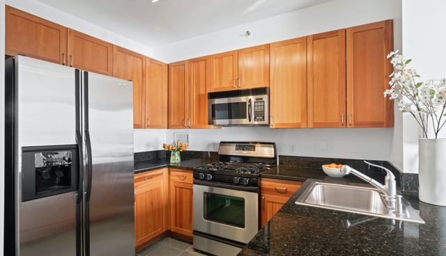 1 Bedroom, Battery Park City Rental in NYC for $3,343 - Photo 1