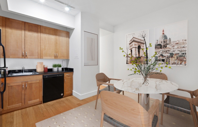 Studio, Financial District Rental in NYC for $1,699 - Photo 2