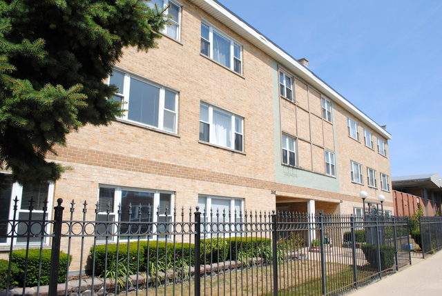 2 Bedrooms, Budlong Woods Rental in Chicago, IL for $1,200 - Photo 1