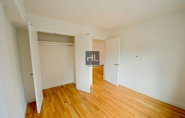 1 Bedroom, Chelsea Rental in NYC for $5,596 - Photo 2