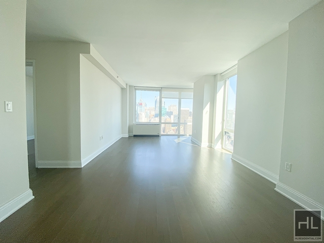 2 Bedrooms, Chelsea Rental in NYC for $5,029 - Photo 2