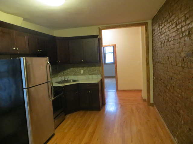 2 Bedrooms, East Williamsburg Rental in NYC for $2,640 - Photo 2