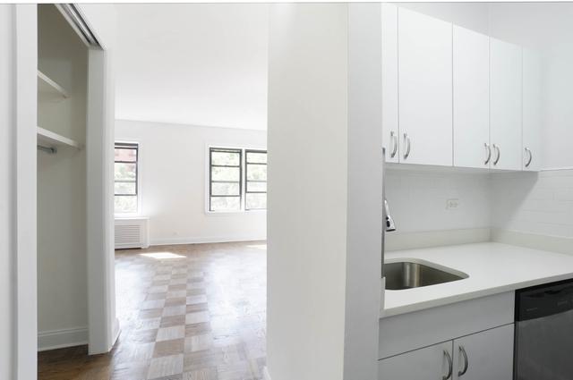 Studio, Chelsea Rental in NYC for $2,447 - Photo 2