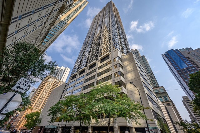1 Bedroom, Near North Side Rental in Chicago, IL for $1,695 - Photo 1