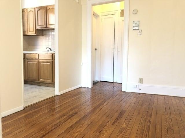 2 Bedrooms, Astoria Rental in NYC for $1,849 - Photo 1