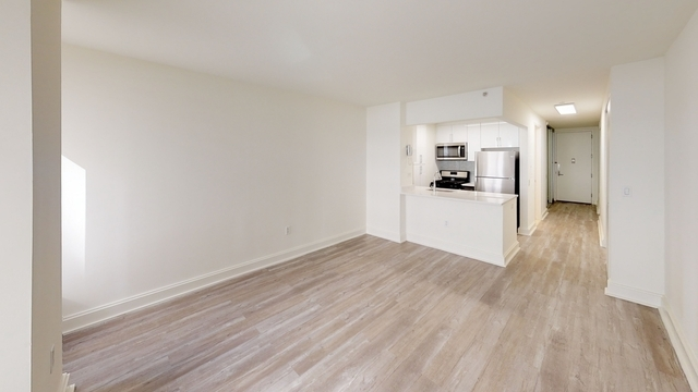 Studio, Financial District Rental in NYC for $2,060 - Photo 2