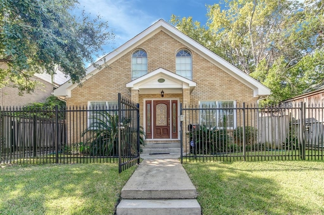 3 Bedrooms, Neartown - Montrose Rental in Houston for $3,400 - Photo 1