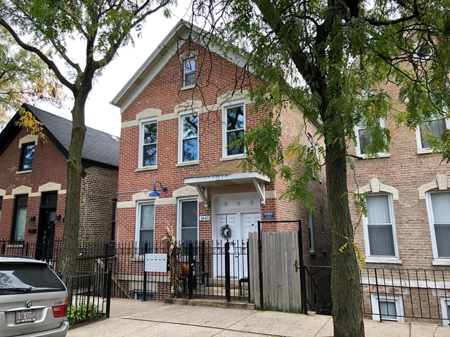2 Bedrooms, Heart of Chicago Rental in Chicago, IL for $1,375 - Photo 1
