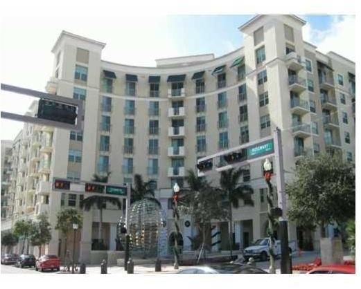 2 Bedrooms, Downtown West Palm Beach Rental in Miami, FL for $1,750 - Photo 1