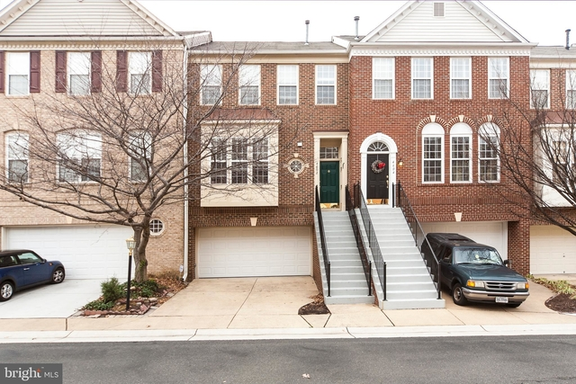 3 Bedrooms, Stonegate Rental in Washington, DC for $3,399 - Photo 1