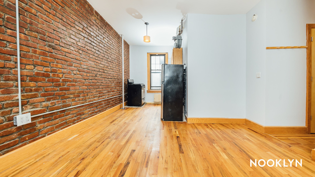 3 Bedrooms, Crown Heights Rental in NYC for $2,150 - Photo 1