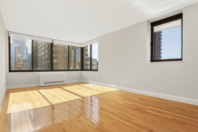 1 Bedroom, Theater District Rental in NYC for $3,585 - Photo 1