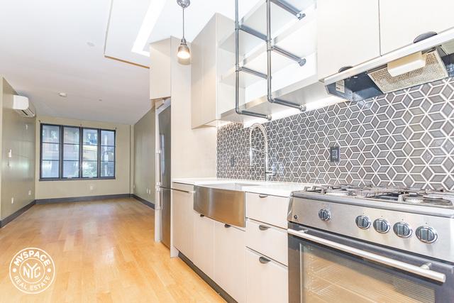 1 Bedroom, Bushwick Rental in NYC for $2,319 - Photo 1