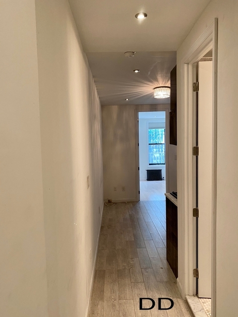 2 Bedrooms, Alphabet City Rental in NYC for $2,333 - Photo 2