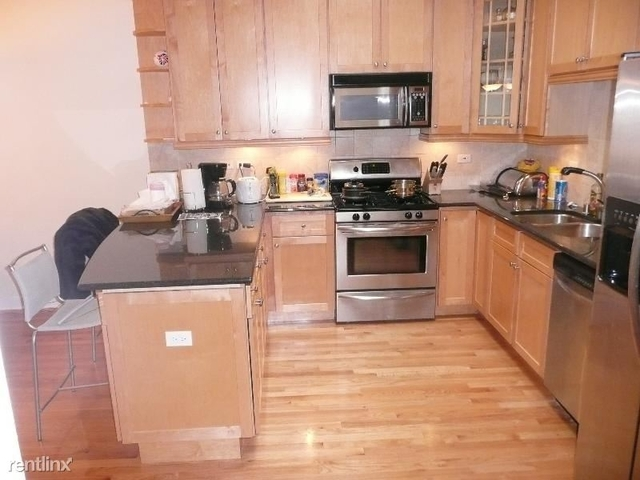2 Bedrooms, Wrightwood Rental in Chicago, IL for $3,295 - Photo 1