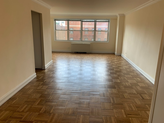 Studio, Theater District Rental in NYC for $2,375 - Photo 1