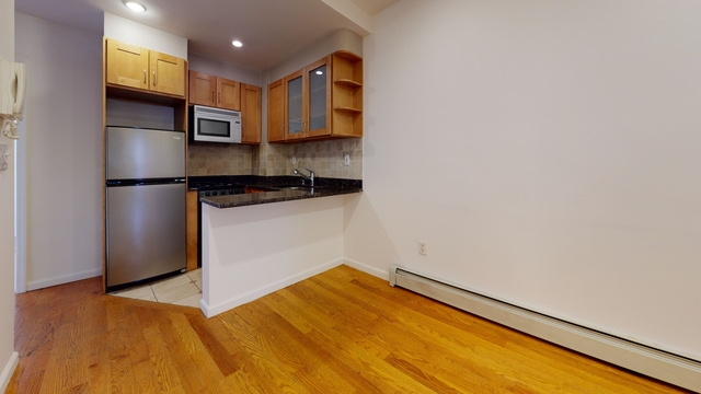 2 Bedrooms, East Village Rental in NYC for $3,483 - Photo 1