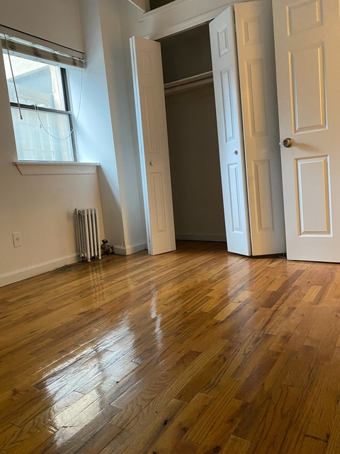 4 Bedrooms, Hell's Kitchen Rental in NYC for $3,700 - Photo 1
