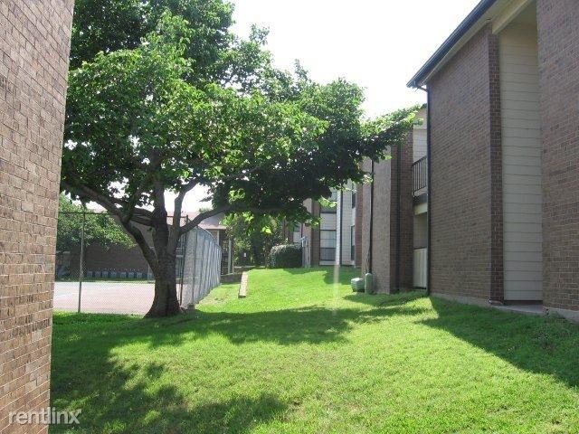 1 Bedroom, Carol Oaks North Rental in Dallas for $775 - Photo 1