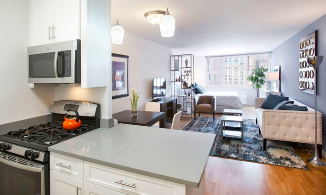 1 Bedroom, Battery Park City Rental in NYC for $2,623 - Photo 1