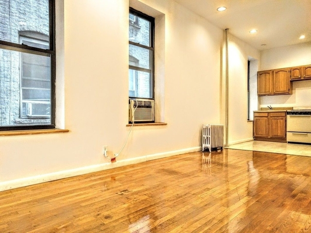 2 Bedrooms, Bowery Rental in NYC for $2,950 - Photo 2