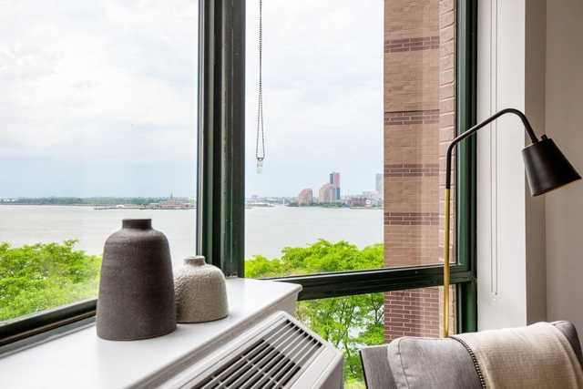 Studio, Battery Park City Rental in NYC for $2,100 - Photo 1