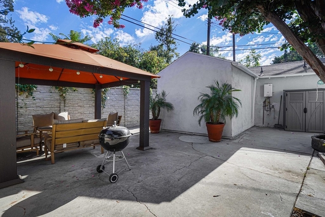 1 Bedroom, Sherman Oaks Rental in Los Angeles, CA for $1,600 - Photo 1