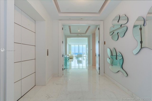 2 Bedrooms, Tatum's Ocean Beach Park Rental in Miami, FL for $10,000 - Photo 2