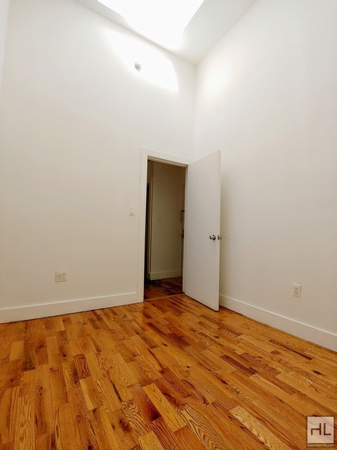 1 Bedroom, Bushwick Rental in NYC for $2,048 - Photo 2