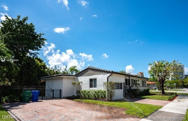 4 Bedrooms, Coral Way Rental in Miami, FL for $3,800 - Photo 1