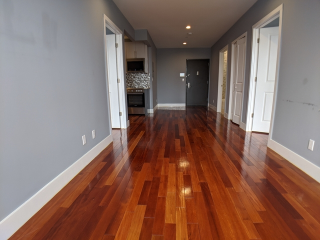 2 Bedrooms, Astoria Rental in NYC for $2,850 - Photo 2