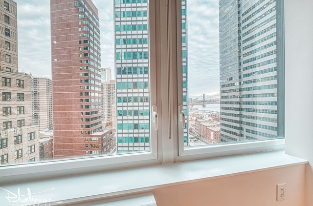 3 Bedrooms, Financial District Rental in NYC for $5,785 - Photo 2