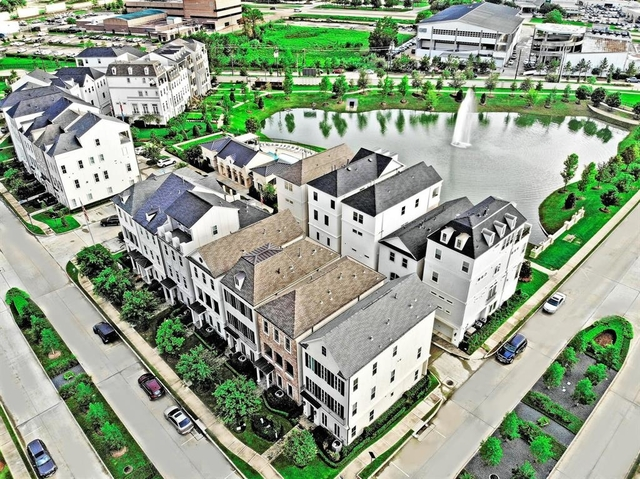 3 Bedrooms, Washington Avenue - Memorial Park Rental in Houston for $4,200 - Photo 1