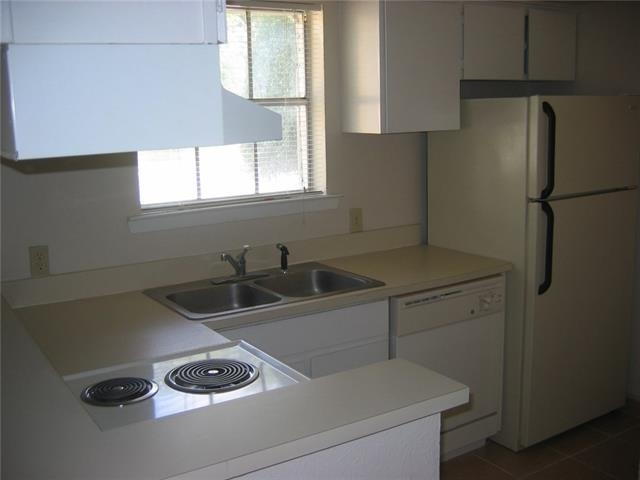 1 Bedroom, North Oaklawn Rental in Dallas for $895 - Photo 1