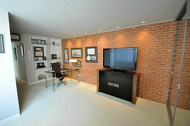 2 Bedrooms, Oak Lawn Rental in Dallas for $2,195 - Photo 1