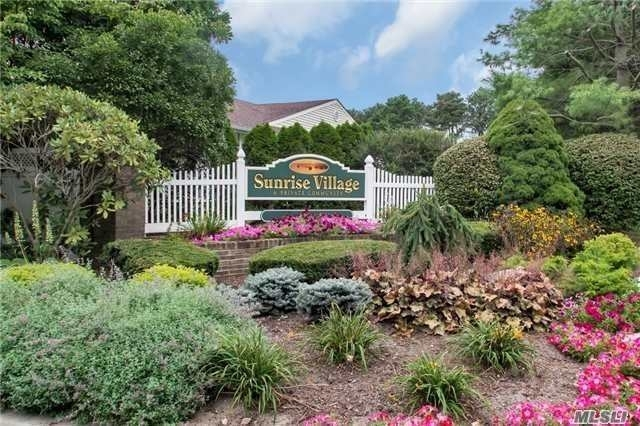 2 Bedrooms, Sayville Rental in Long Island, NY for $2,600 - Photo 1