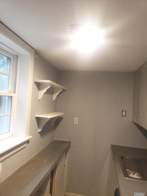 1 Bedroom, Port Jefferson Rental in Long Island, NY for $1,950 - Photo 1