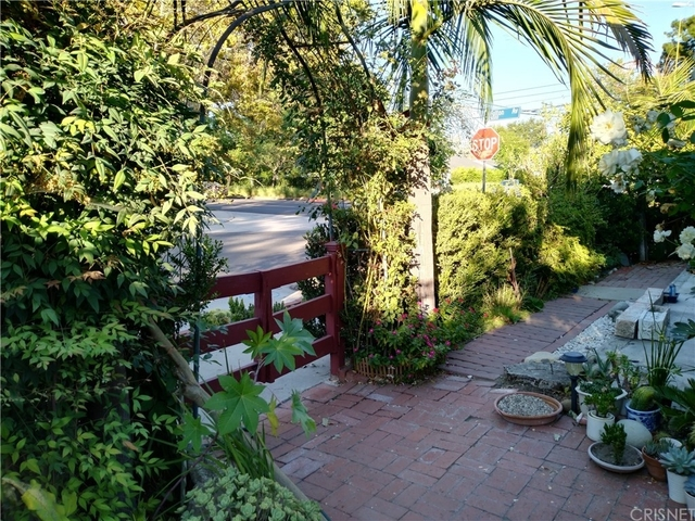 1 Bedroom, Sherman Oaks Rental in Los Angeles, CA for $2,380 - Photo 1