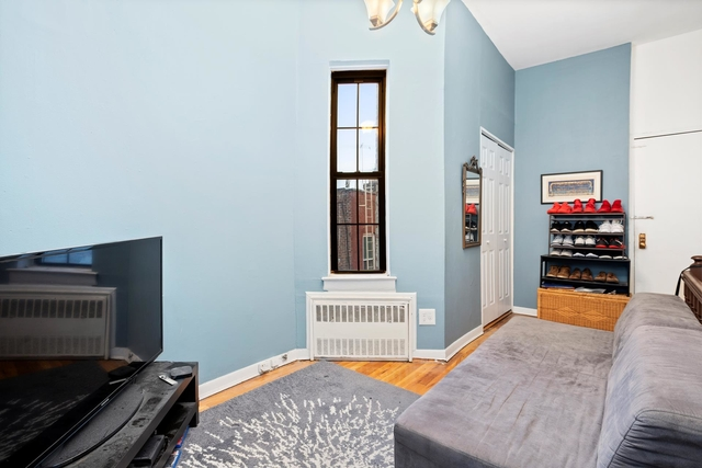 2 Bedrooms, Cobble Hill Rental in NYC for $2,800 - Photo 1