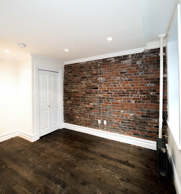 2 Bedrooms, East Village Rental in NYC for $3,071 - Photo 1