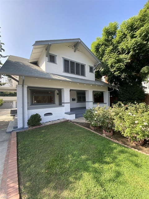 5 Bedrooms, Hollywood United Rental in Los Angeles, CA for $5,995 - Photo 1