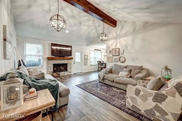 3 Bedrooms, Wood Meadow Rental in Houston for $2,070 - Photo 1