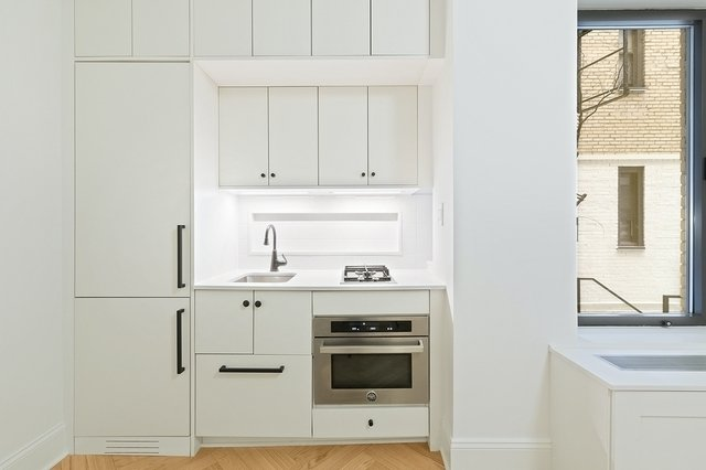 1 Bedroom, Chelsea Rental in NYC for $2,042 - Photo 1