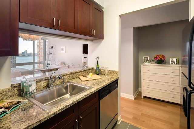 Studio, Battery Park City Rental in NYC for $2,743 - Photo 2