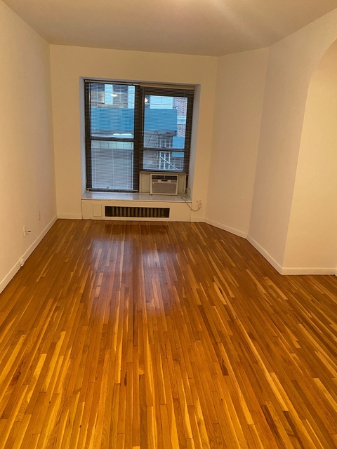 Studio, Theater District Rental in NYC for $1,682 - Photo 1