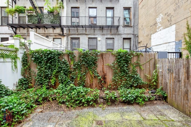 3 Bedrooms, Hell's Kitchen Rental in NYC for $4,791 - Photo 1